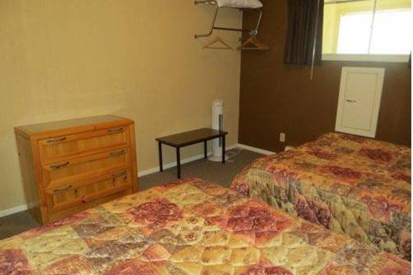 Harrison Village Motel - 4