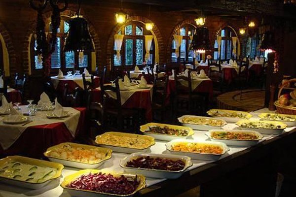 Hotel Restaurant Bujtina e Gjelit - фото 14