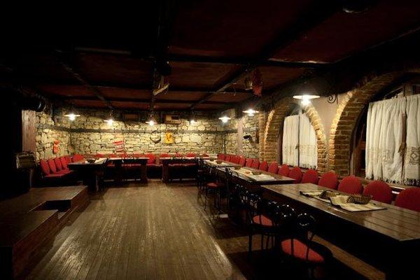 Hotel Restaurant Bujtina e Gjelit - фото 18