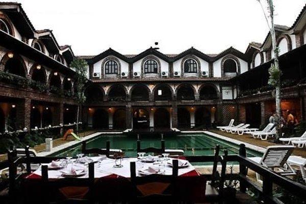 Hotel Restaurant Bujtina e Gjelit - фото 22