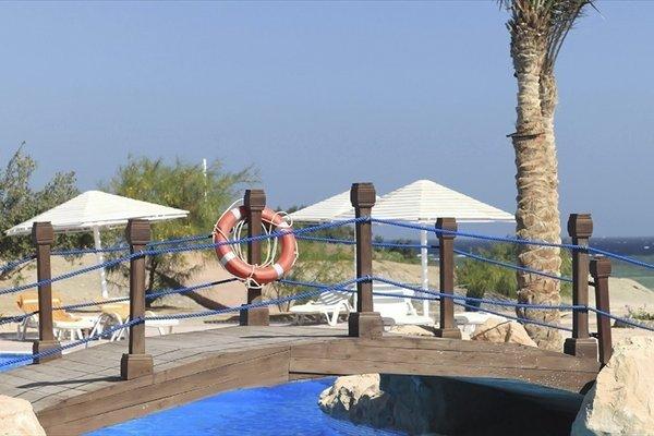 The Three Corners Equinox Beach Resort - 18
