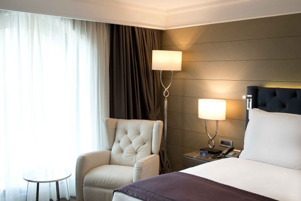 Radisson Blu Hotel, Istanbul Sisli - photo 50