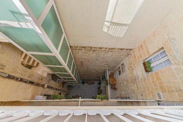 Valletta Merisi Suites - фото 15
