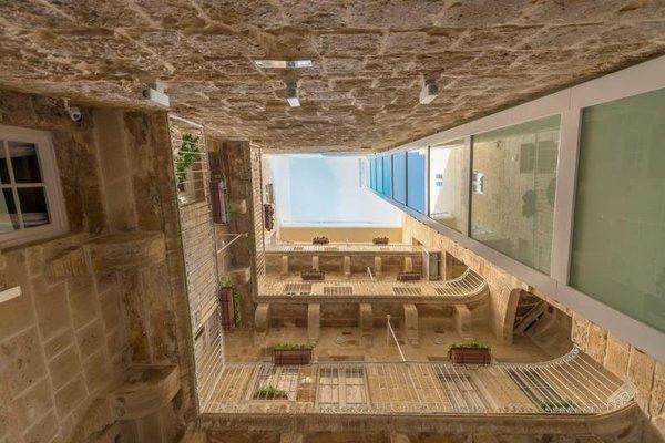 Valletta Merisi Suites - фото 16