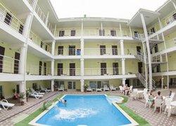Фото 1 отеля Отель На Эскадронной - Евпатория, Крым
