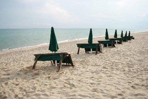 Marina Del Marchese Beach Resort - 17