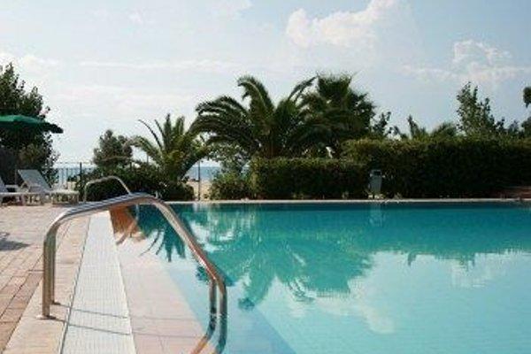 Marina Del Marchese Beach Resort - 20