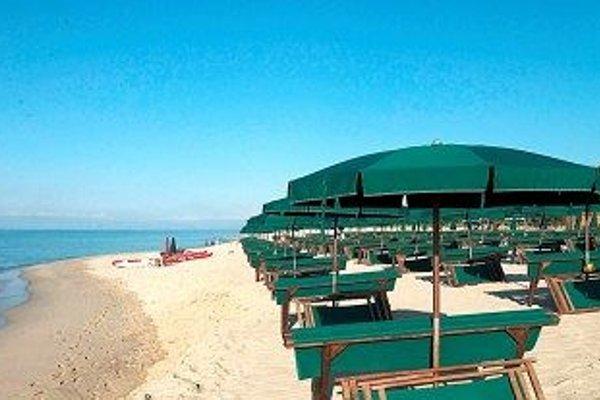 Marina Del Marchese Beach Resort - 22