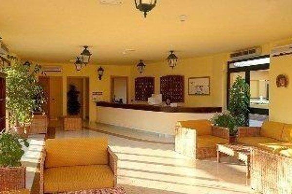 Marina Del Marchese Beach Resort - 9