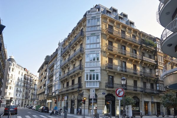 Easo Suite 7 Apartment by Feelfree Rentals - фото 14