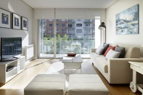 Black & White 3 Apartment by Feelfree Rentals - фото 5