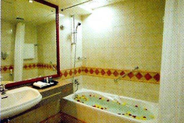 Al Manar Grand Hotel Apartment (ех. Belvedere Court Hotel Apartments) - фото 10