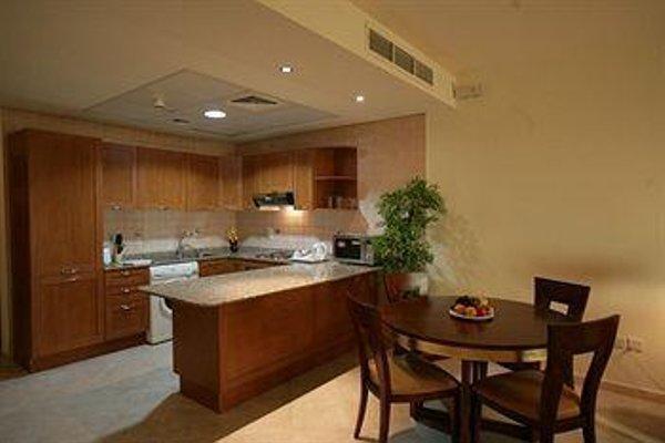 Al Manar Grand Hotel Apartment (ех. Belvedere Court Hotel Apartments) - фото 12