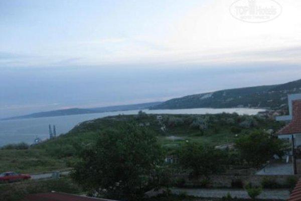 Sunny - Viki Guest House - 19