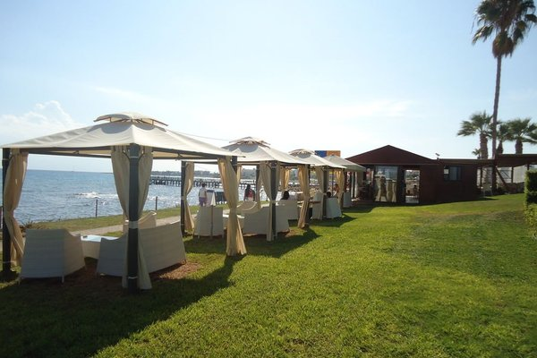 Evalena Beach Hotel - фото 15