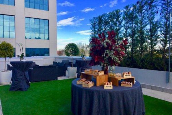 Hilton Garden Inn Sevilla - 19