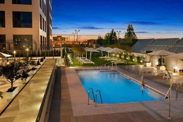 Hilton Garden Inn Sevilla - фото 21