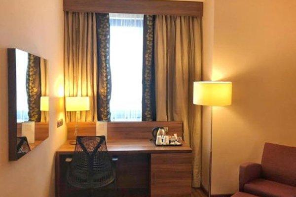 Hilton Garden Inn Sevilla - фото 4