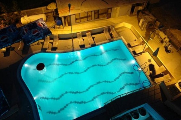 Hotel Airport Tirana - фото 15