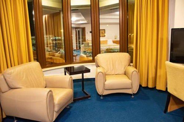Hotel Airport Tirana - фото 6