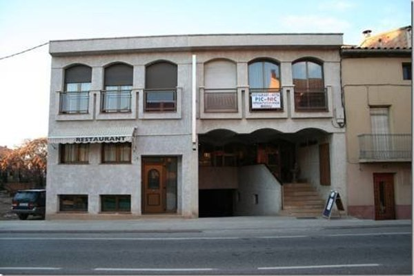 Hotel Picnic - 9