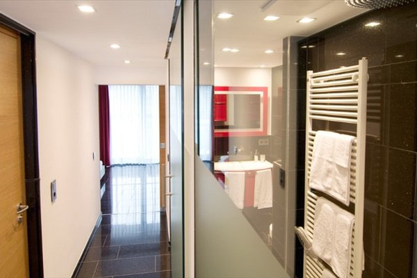 Maria Suite Apartments - фото 3