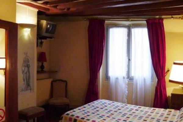 Hotel les Degres de Notre Dame - 54