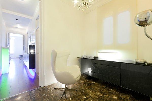 Modern-ist Apartment - фото 10
