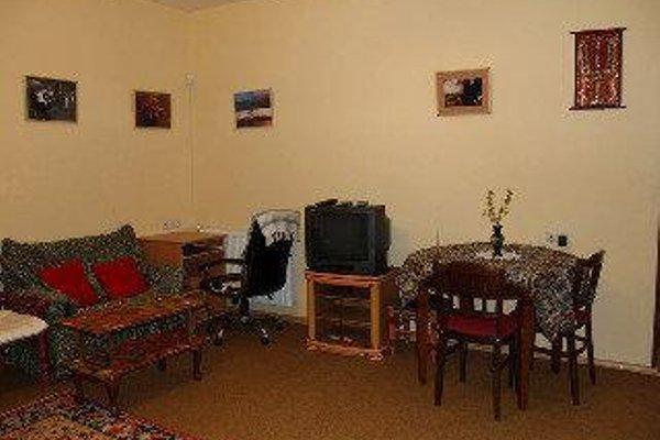 Отель Three Jugs - фото 8