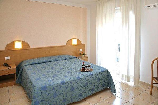 Hotel Marina - 3