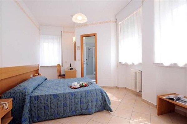 Hotel Marina - 4