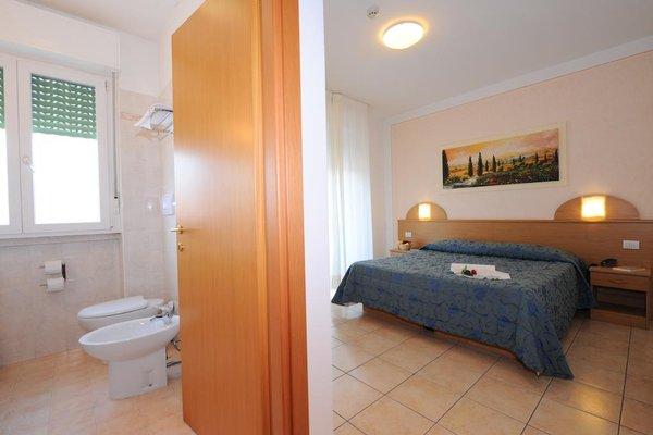 Hotel Marina - 7