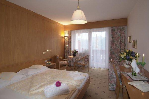 Hotel Olympia - 4