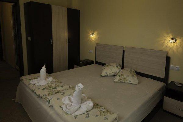 Family Hotel Bodurov - фото 3