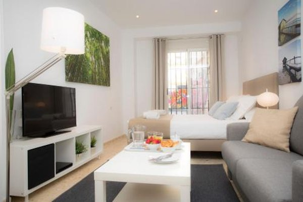 Poeta Llombart Apartments - фото 21