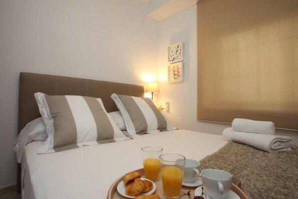 Poeta Llombart Apartments - фото 16