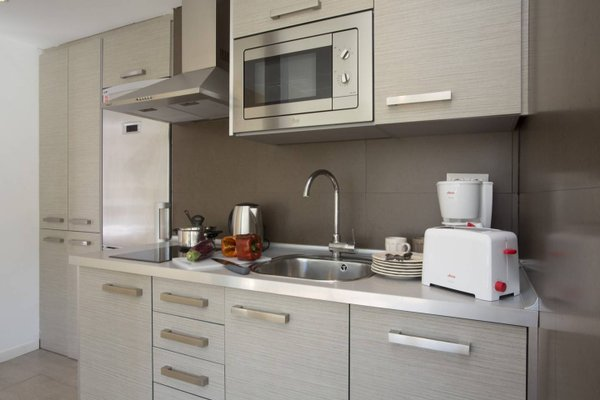 Sevilla Apartments - фото 10