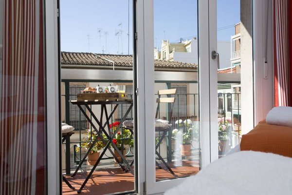 Sevilla Apartments - фото 18