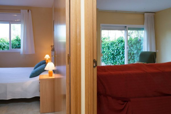 UHC Golden Pineda Apartments - фото 11