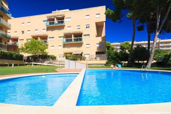 UHC Golden Pineda Apartments - фото 21