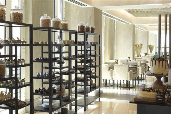 Four Seasons Hotel Abu Dhabi at Al Maryah Island - фото 13