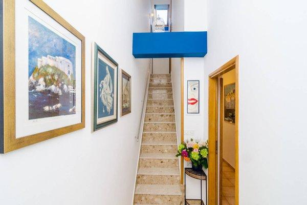Swallow Apartments - фото 4