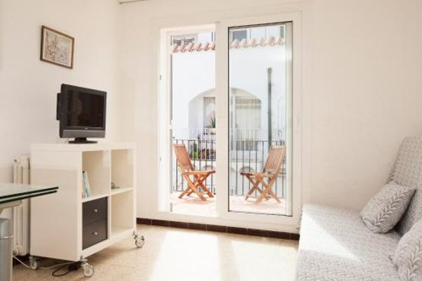Akira Flats Cadaques Apartments - фото 7