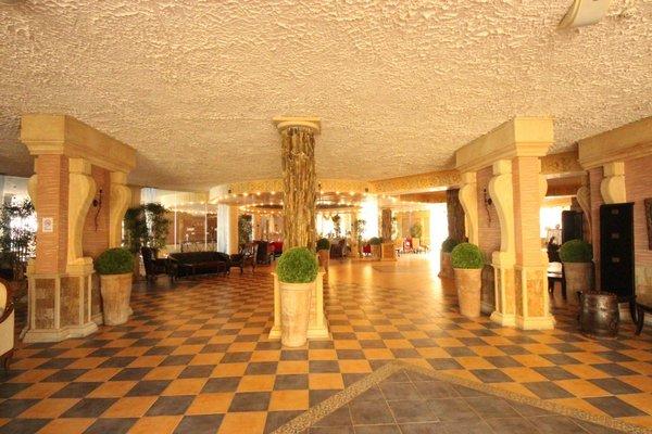 Menada Atrium Apartments - фото 5