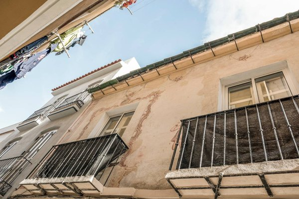 UrbanChic Oasis Centre Apartment - 20