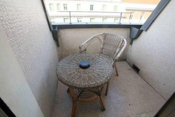 White Apartment - фото 11