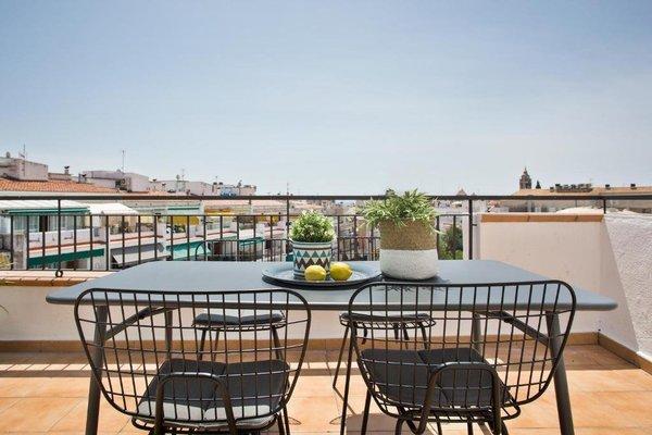 Sitges Group Centre Apartment - фото 15