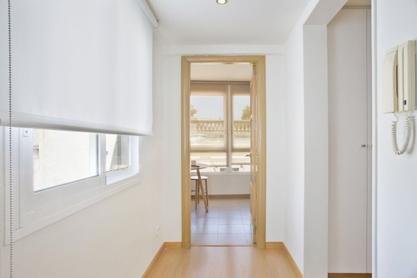 Sitges Group Centre Apartment - фото 23