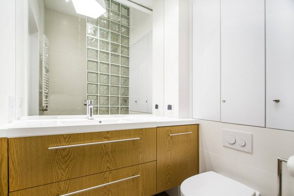 Best Location Apartment - фото 12