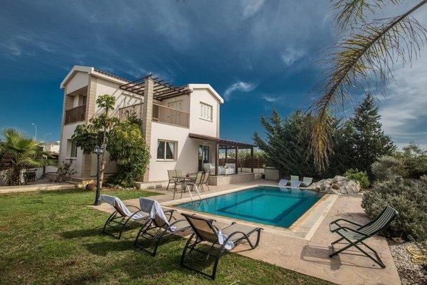 Sunny Coast Villa - фото 21
